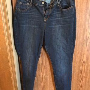 Old Navy skinny jeans size 14, dark wash